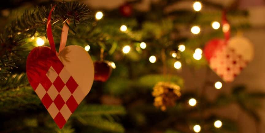 Danish-braided-Christmas-heart-yule-jul-xmas