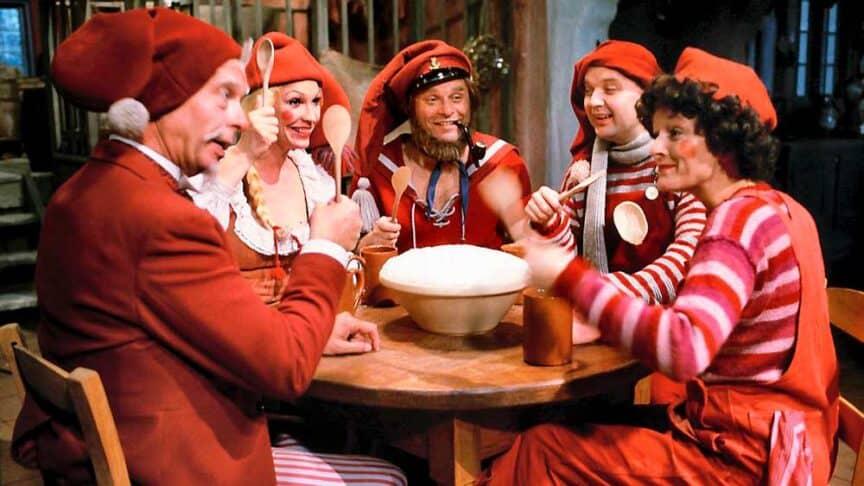nordic-christmas-calendars-yule-jule-kalender-xmas