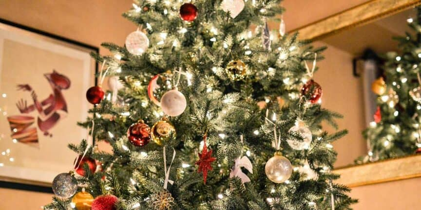 Best-time-to-buy-an-artificial-Christmas-tree